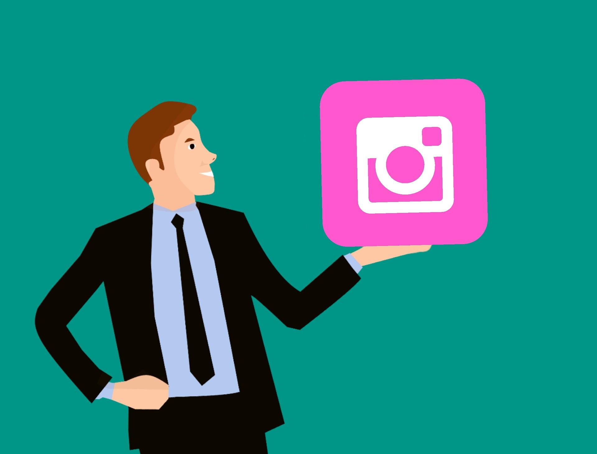 Successful fashion marketing strategy to create Instagram buzz