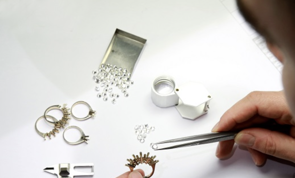 Manufacturing Process Involved in WholesaleJewelry Making
