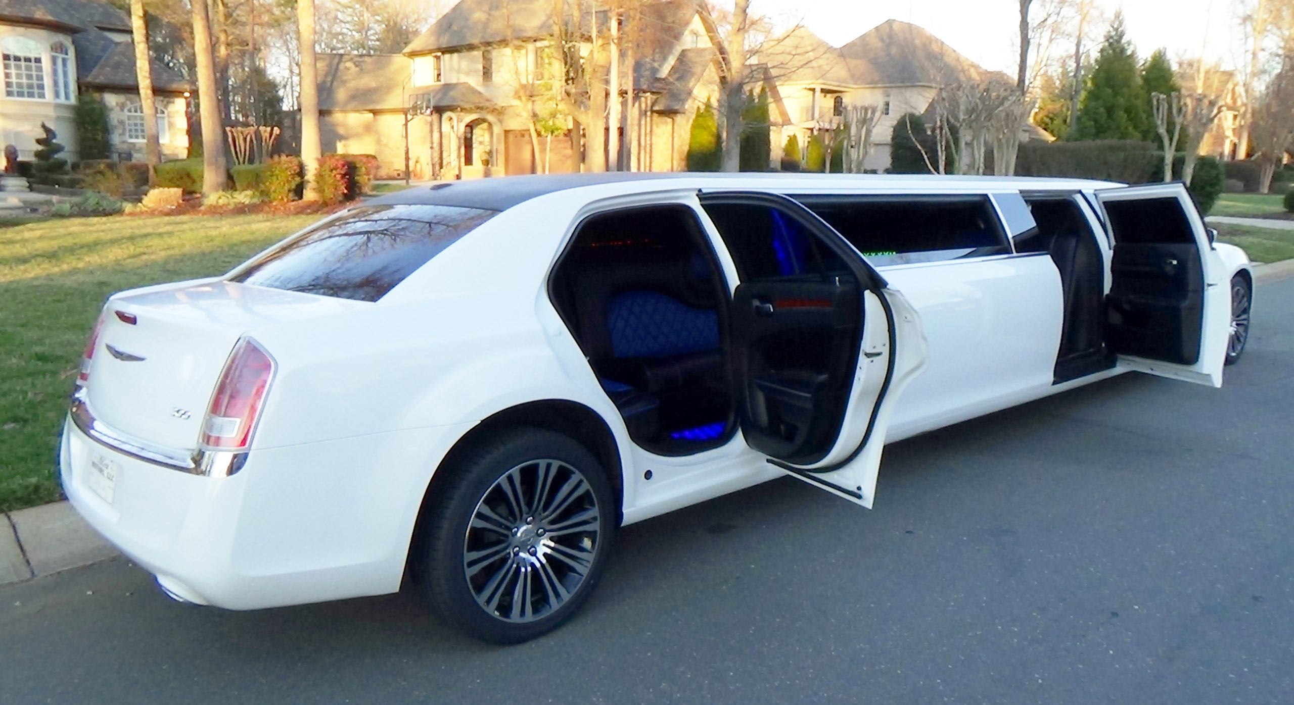 Hire a Limousine for Your Next Date Night